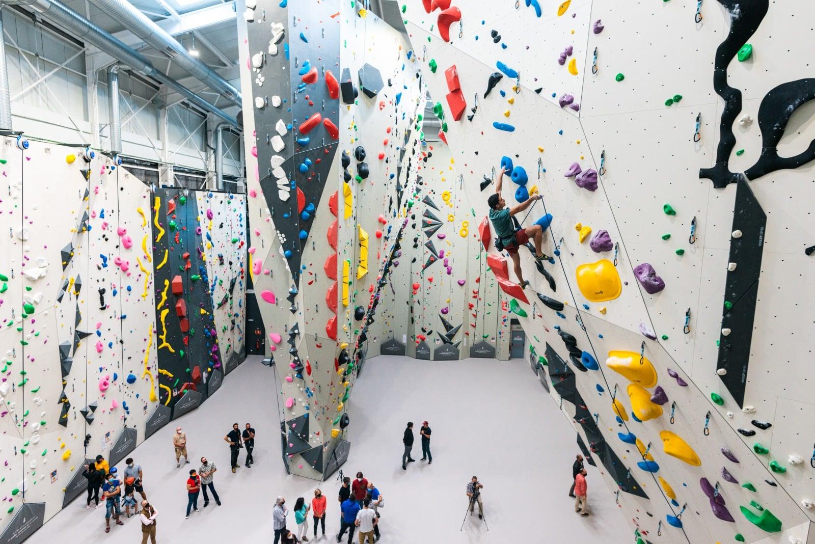 Sputnik Climbing Center - climbing walls by Walltopia