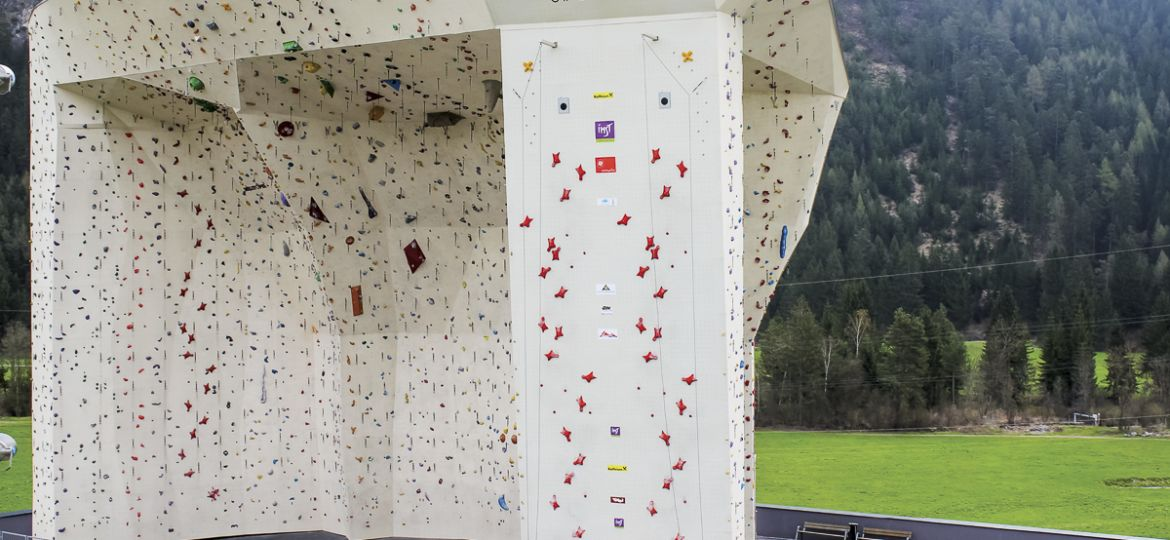 Imst outdoor climbing wall by Walltopia