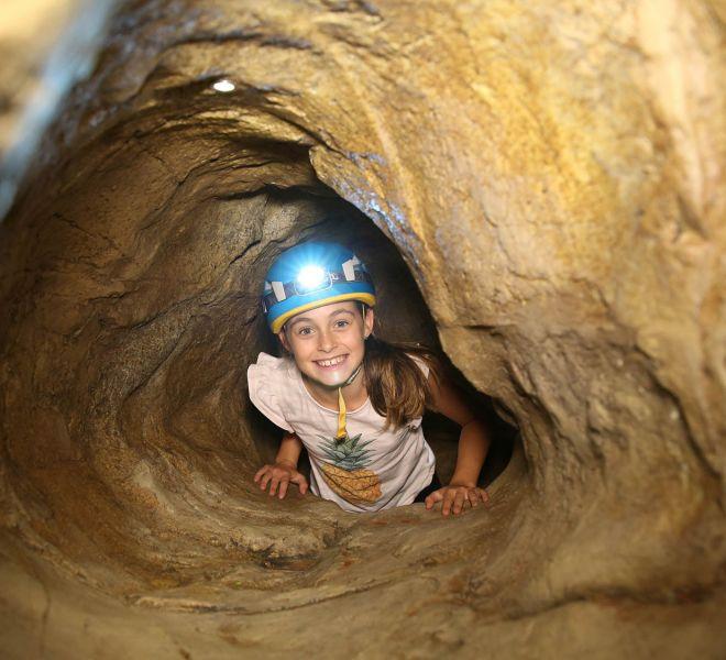 Walltopia Artificial Cave